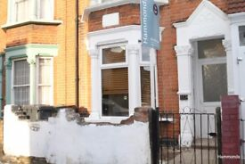 TEN MINS TO WALTHAMSTOW CTRL STATION GARDEN TWO BED AVAILABLE TO RENT -CALL TO VIEW!