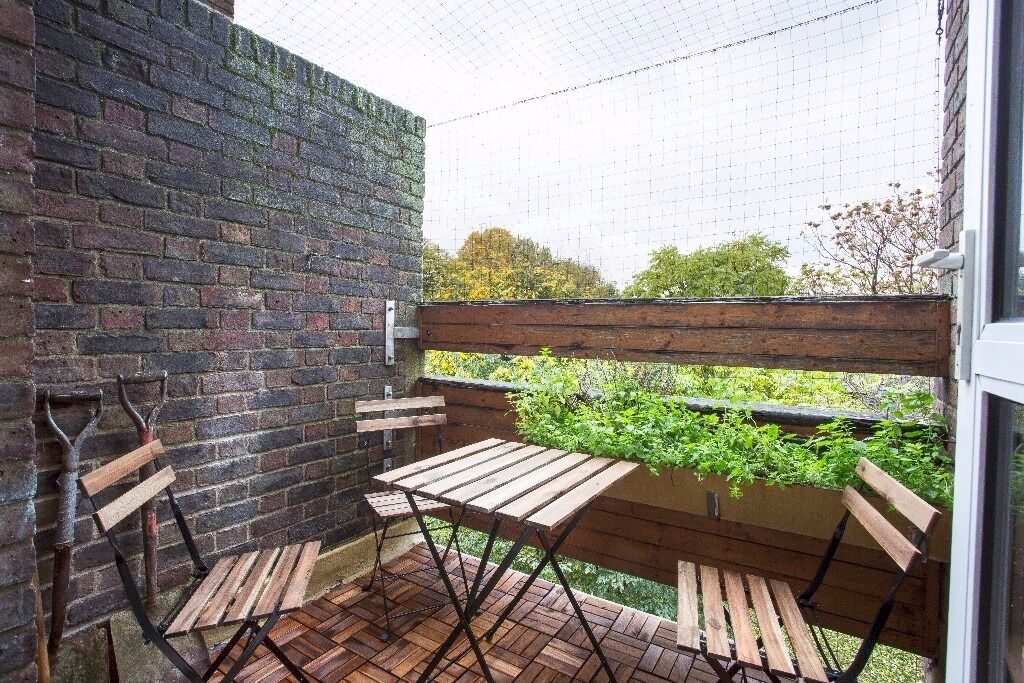 4 BEDROOM FLAT £650 PER WEEK BETHNAL GREEN AVAILABLE AUGUST PRIVATE BALCONY - HOXTON SHOREDITCH