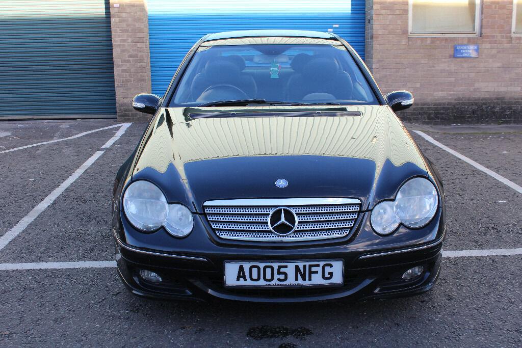Mercedes benz c class c180 kompressor petrol black for Mercedes benz kompressor 2005