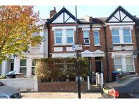 Recently refurbished 2 double bedroom flat to rent in Willesden Green - Jubilee Line