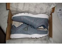 Reebok Trainers Mens Size 9 Grey running shoes jogging gym ultra light TRAINFUSION NINE 2.0