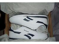 Reebok Royal Classic Jogger Mens Trainers Size 9 EU 43 White / Blue Stripe