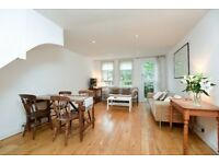 A stunning three bedroom town house in Royal Duchess Mews - £2200pcm