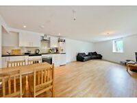 KT1 2JW-BRIDLE CLOSE-A STUNNING 4 DOUBLE BED HOUSE WITH OFF STREET PARKING SECONDS FROM KINGSTON UNI