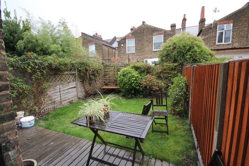 REFURBISHED TWO DOUBLE BED GARDEN FLAT ONLY 5 MINS TO ZONE 2 TUBE.. SEE PICS THEN CALL 0208 459 4555