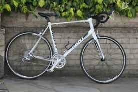 Giant Defy road Bicycle sora groupset