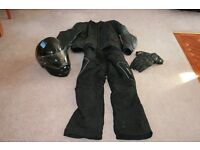 MOTORBIKE CLOTHING AND HELMET