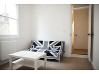 Only £350 per month! Last remaining bedroom in student house near train station!