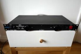 Furman PL-8 C Power Conditioner RACK PL-8C B&H AC Surge protection GB UK Rotel Naim amp £50