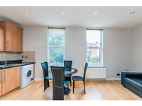 a beautiful one bedroomflat located in west ham,pstead avaianble mid feb, Call 07811675542