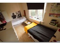 Room share for a young woman at the edge of zone 1