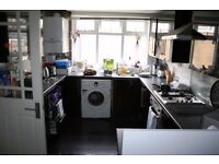 CASSLAND ROAD, E9 - **INCLUSIVE OF ALL BILLS AND INTERNET FOR £650pcm** SPACIOUS DOUBLE ROOM