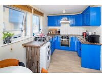 4 Bedroom House in Bow E3, Close to Victoria Park