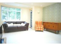 AMAZING 3 BED 3 BATH FLAT MOMENTS FROM UCL