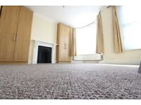 2 BED. CLOSE TO TUBE, A406, Cinema, Schools, Swimming pool N3 N2 Finchley, Highgate Alexandra Palace