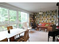 HEATING & HOT WATER INCLUSIVE- SPACIOUS 3 BEDROOM APARTMENT W/ BALCONY MOMENTS FROM HAMPSTEAD HEATH