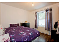 DOUBLE ROOMS IN A LUXURY HOUSE !!!!!!!!!!IDEAL FOR CITY PROFESSIONALS AND STUDENTS SHARERS
