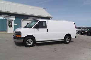 2015 GMC Savana 2500 2500,CARGO, 4.8L V8,ONLY 26000 KM !!