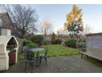 Fantastic huge 13 bedroom, 9 bathroom house to rent with private parking and gardens