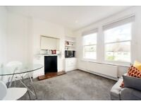 Newly decorated one bedroom flat - prime Fulham street - Available 1st September