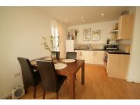 Lovely Modern 3 bed Flat in the Heart Of Stockwell- 550PW