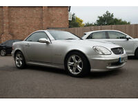 Mercedes Benz SLK200 - Manual