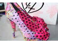 Beautiful Iron Fist shoes size 38.