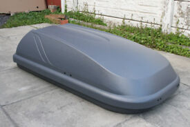 Halfords 250 Litres roof box