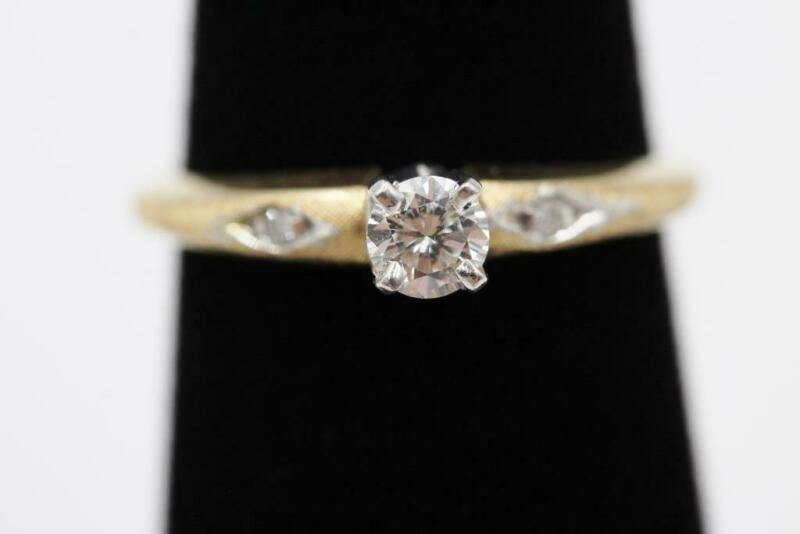 ARTCARVED 14K SOLID GOLD .15CT & 2 OTHER AUTHENTIC DIAMONDS ENGAGEMENT RING