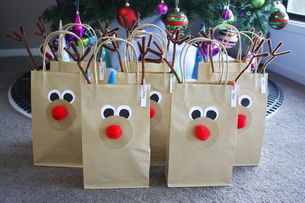CHRISTMAS EVE BAGS, 12 ITEMS, ORDER NOW FOR COLLECTION IN DECEMBER.