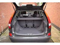 Nissan Almera Tino 1.8 SE 5 door 2005 petrol