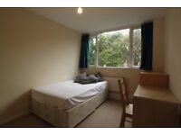 Nice double room -Single Use-Calendonian /Camden