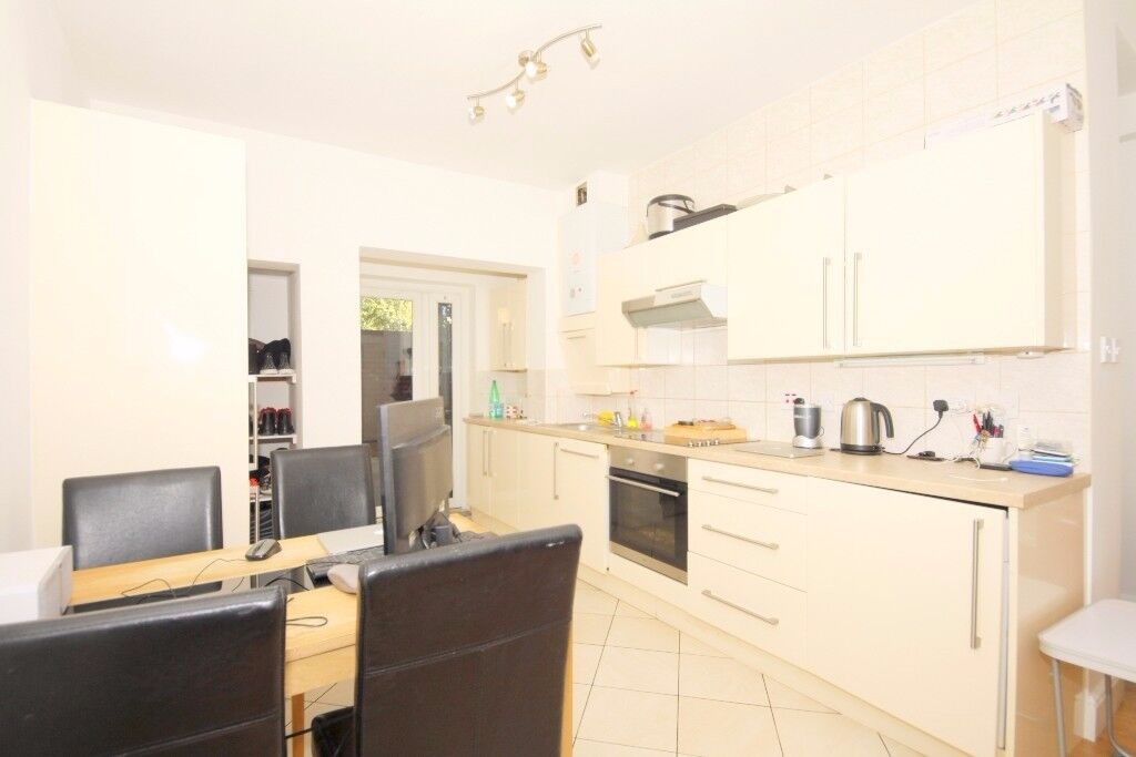 *** A Beautiful & Spacious 1 Bedroom Garden Flat in Seven Sisters ***