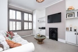SHORT LET: A beautiful three double bedroom maisonette with a garden, situated on Boundary Road.