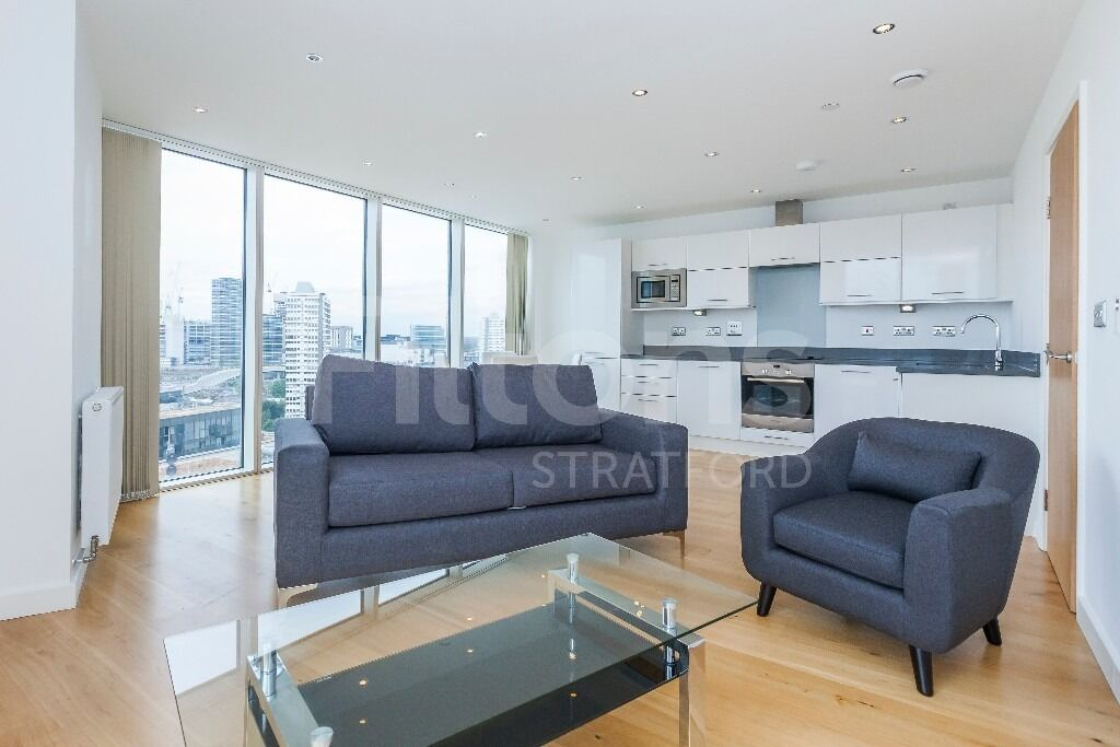 Spectacular 2 bed 2 bath flat to rent in stratford halo - Available to move-in asap!