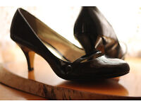 Black Patent Court Shoes by South. Size 8/9 [43] with medium height slim heel.