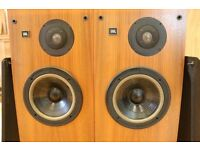 JBL L60T floor standing speakers with pure Titanium Tweeters -Great working order-Beautiful speakers