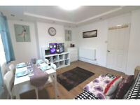 Lovley 2 bedroom Flat with balcony at Shadwell, E1