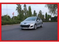 PEUGEOT 207 1.4 S 5DR YEAR 2010 LADY OWNER ONLY £2500 Very Economical. Excellent condition