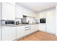 INCREDIBLE TWO BEDROOM FLAT ON MANOR ROAD MOMENTS AWAY FROM WEST EALING STATION £1600 PCM