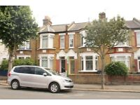THREE DOUBLE BEDROOM HOUSE LOCATED IN WALTHAMSTOW CENTRAL