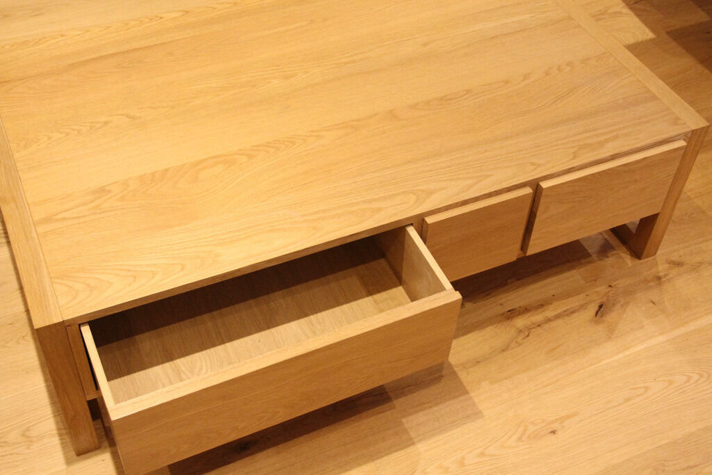 Large coffee table habitat hana solid oak and oak veneer 6 for Large coffee table with drawers