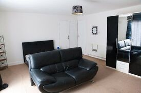 Double room to rent/available in shared accommodation in essex/basildon