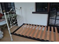 Feather and Black Single Bed