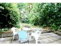 A BRIGHT AND SPACIOUS (THREE) 3 BED/BEDROOM - 2 BATHROOM WITH OWN GARDEN FLT - HOLLOWAY - N7