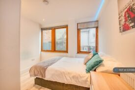 1 bedroom in London St, Reading, RG1 (#1135599)