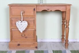 DELIVERY OPTIONS - PINE DRESSING TABLE PINE 3 DRAWERS TURNED LEGS AGE MARKS