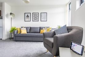 Central Lancaster Apartment for up to 6 people available for short term rental free Wi-Fi & parking