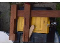 4 x wooden clamps