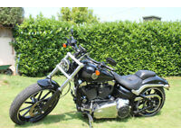 HARLEY-DAVIDSON FXSB BREAKOUT Imaculate condition